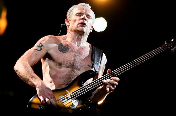 2463309-flea-red-hot-chili-peppers-lollapalooza-2012-617-409