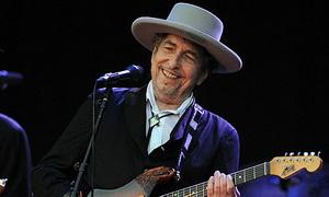 zzxBob-Dylan-performs-in-201-008