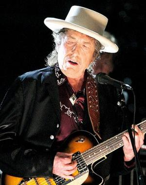 zzxbob-dylan-headline-bluesfest-blog-316x400