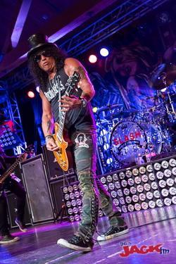 slash-at-showbox-sodo-66
